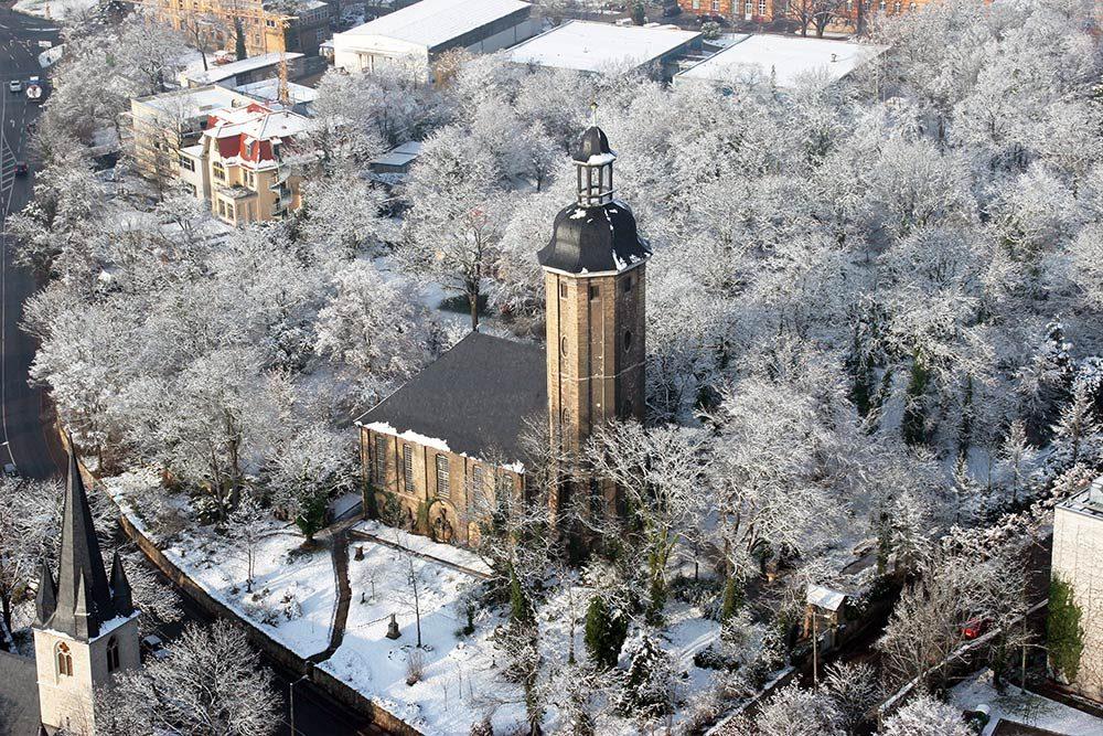 Friedenskirche im Winter