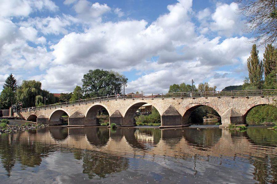Die Saalebrücke in Jena-Burgau